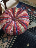 Gay's master quilter hassock